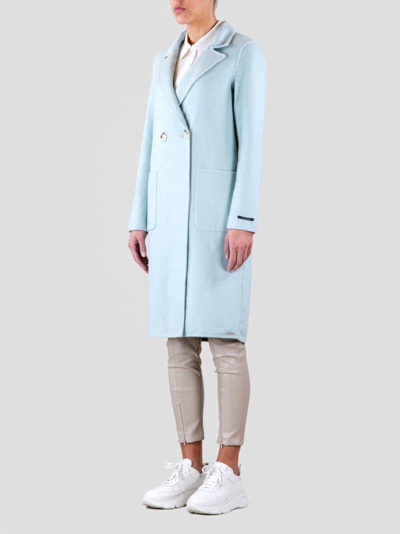 model wearing long woodblend coat