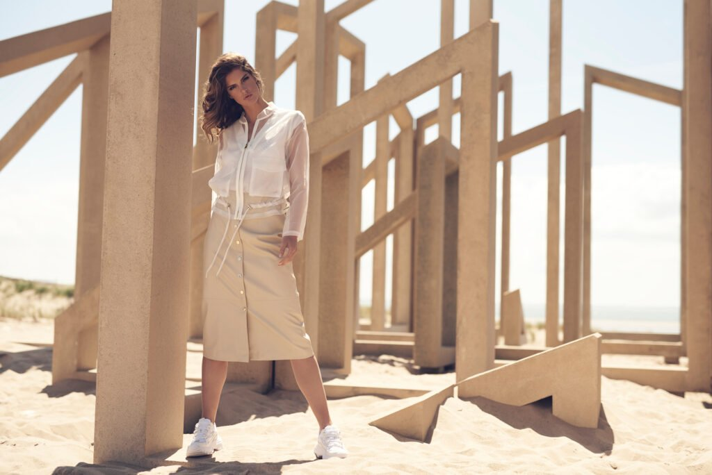 Hugi transparant zipper jacket and Calcia long buttoned skirt